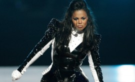 NEW YORK - SEPTEMBER 13:  Singer Janet Jackson performs during the 2009 MTV Video Music Awards at Radio City Music Hall on September 13, 2009 in New York City.  (Photo by Christopher Polk/Getty Images) *** Local Caption *** Janet Jackson